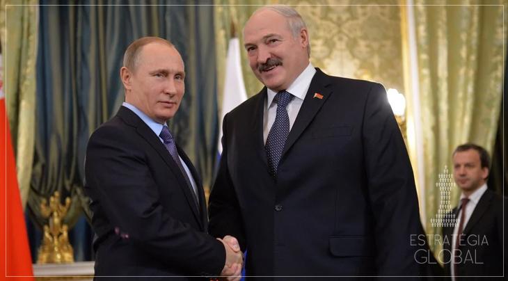 Putin diz que a Rússia está pronta para apoiar Lukashenko na Bielorússia