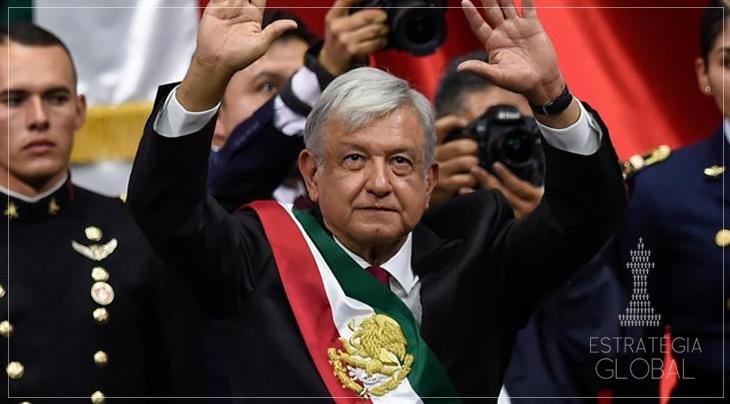 Intelectuais assinam documento em apoio ao presidente mexicano